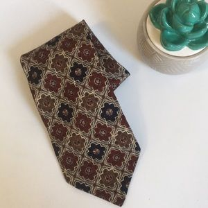 { Valentino } silk tie